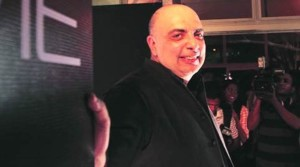 Tarun Tahiliani - Indian fashion designer from Mumbai, Delhi in India